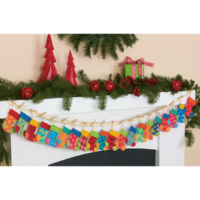 Stocking Garland, Felt Applique_72-08280
