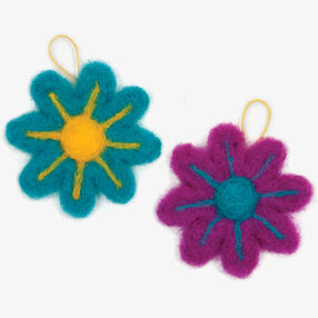 Try Needle Felting Flower _72-73915