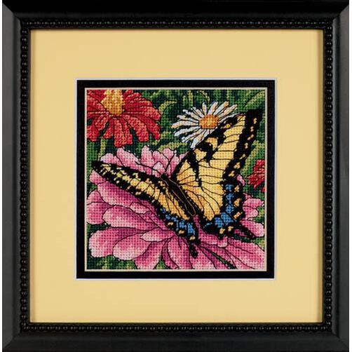 Butterfly on Zinnia, Needlepoint_07232