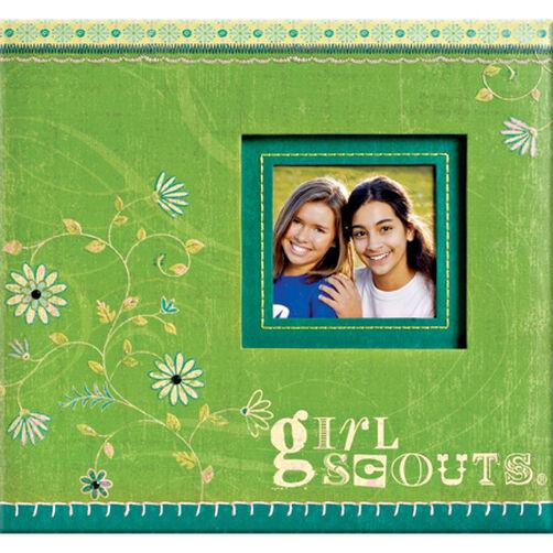 Girl Scouts 12x12 Scrapbook_528260
