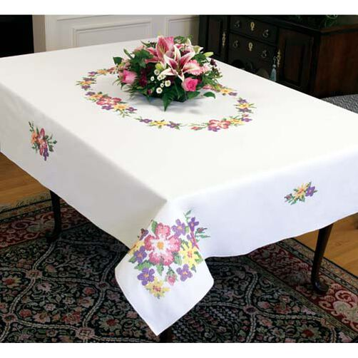 Wild Roses Tablecloth_73213