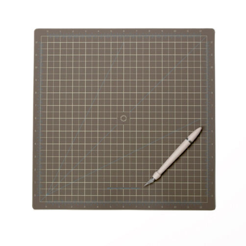 12X12 Cutting Mat_M281023