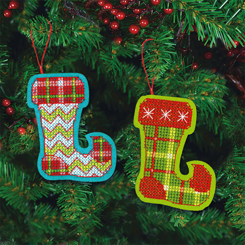 Jolly Stocking Ornaments in Counted Cross Stitch_72-08242