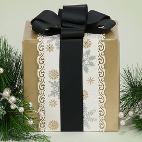 Snowflake Gift Wrapper
