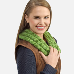 Knit Twisty Cowl