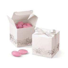 Wilton® White Silver Foil Favor Boxes, 25 Ct.
