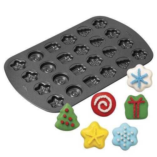 24-cavity Christmas Shaped Cookie Pan