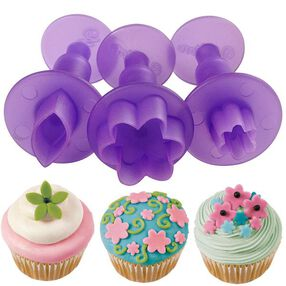 Wilton Flower and Leaf Mini Fondant Cut-Outs Set 1907-1345