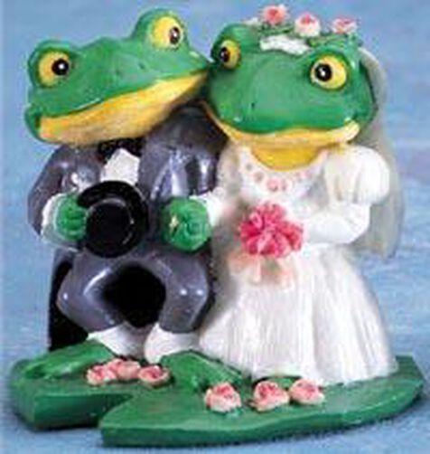 Frog Wedding Couple