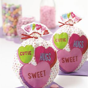Wilton Conversation Hearts Treat Bags, 15-Count
