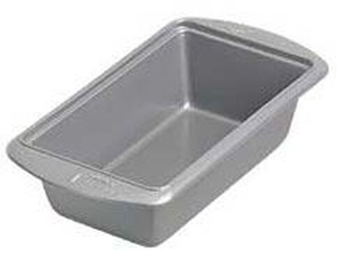 9 1/4 x 5 1/4 x 2 3/4 in. Avanti Everglide Metal-Safe Non-Stick Loaf Pan