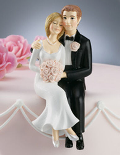 Sweet Couple Figurine