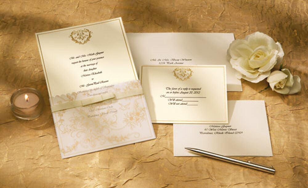 Wilton Wedding Invitations Template: Wedding Toile Invitation (Gold) Kit