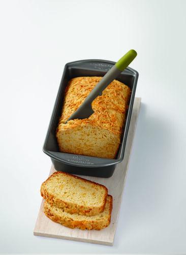 Bread Knife