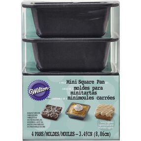 Wilton Mini Square Pan Set