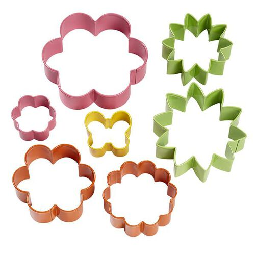 Wilton Colored Metal Garden Cookie Cutter 7-Piece Set
