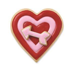 Wilton Comfort Grip Heart and Arrow Cookie Cutter Set, 2-Piece