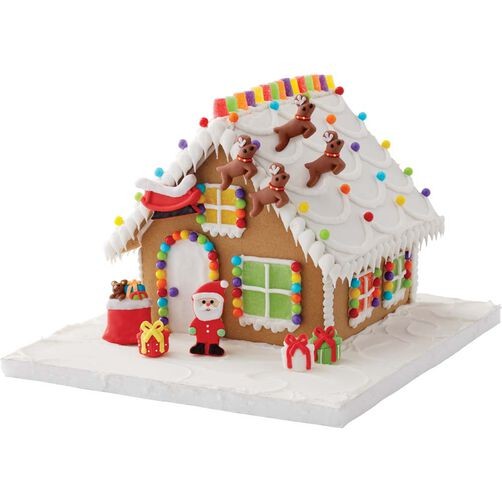 Santa and reindeer gingerbread house decorating kit wilton