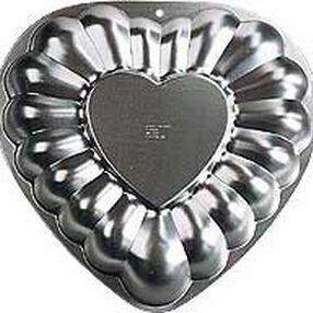 Embossed Heart Pan
