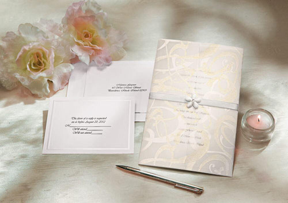 glitz and glamour wedding invitation kit | wilton, Wedding invitations