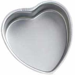 10 x 2 in. Decorator Preferred Heart Pan