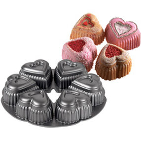 Dimensions 6 Cavity Mini Hearts Pan