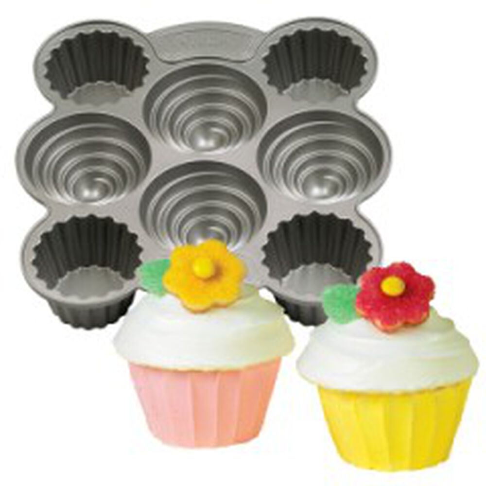 Dimensions Multi Cavity Mini Cupcakes Pan Wilton