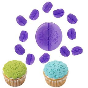 Wilton 14-Pc. Hearts Fondant Cupcake Decorating Set 2104-0057