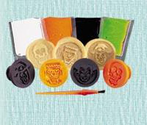 Freaky Faces Stamp-N-Color Cookie Kit