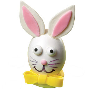 Bunny Takes a Bow Easter Egg