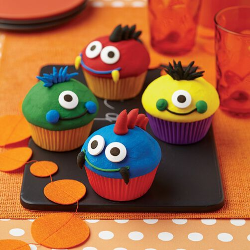 Eye Popping Monster Cupcakes