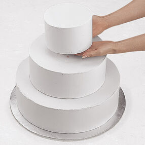 Making Tiered Cakes