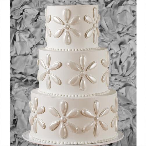 Shining Mega Flowers Wedding Cake