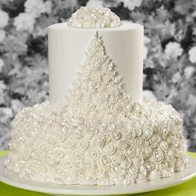 Ribbon Roses Wedding Cake