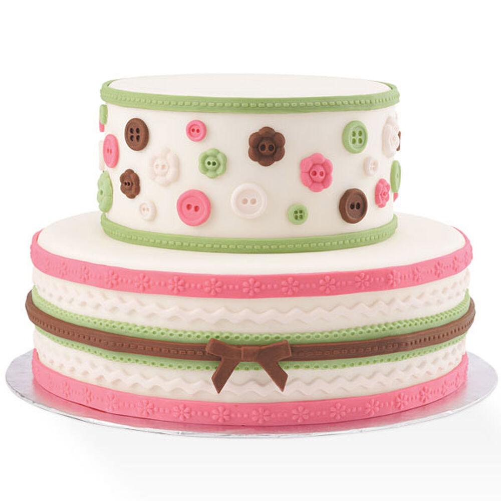 Wilton Cake Decorating Tips Fondant : Fabric-Inspired Fondant Cake Wilton