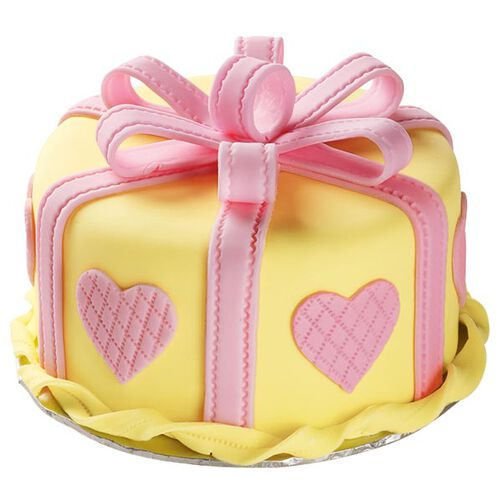 Presenting Love Cake