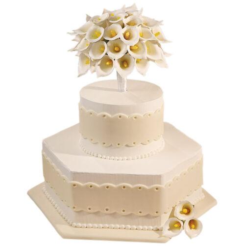 Calla Lily Classic Cake