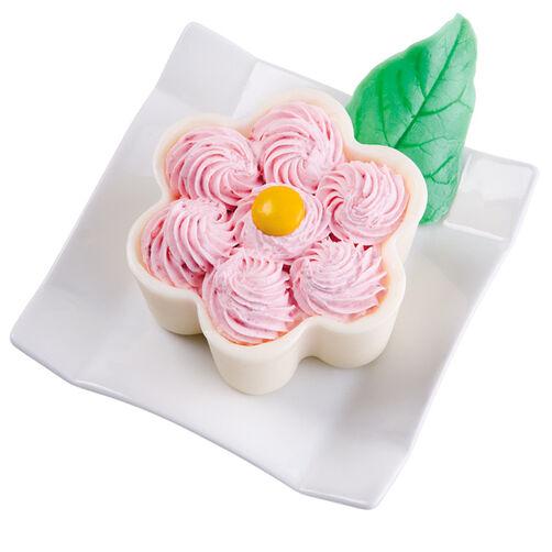 Fluffy Flower Mousse