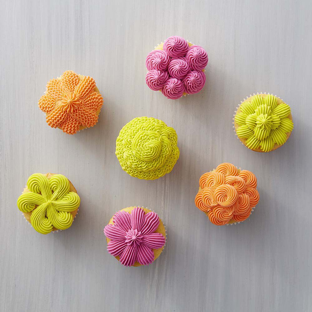 7 Ways To Decorate Cupcakes With Tip 32
