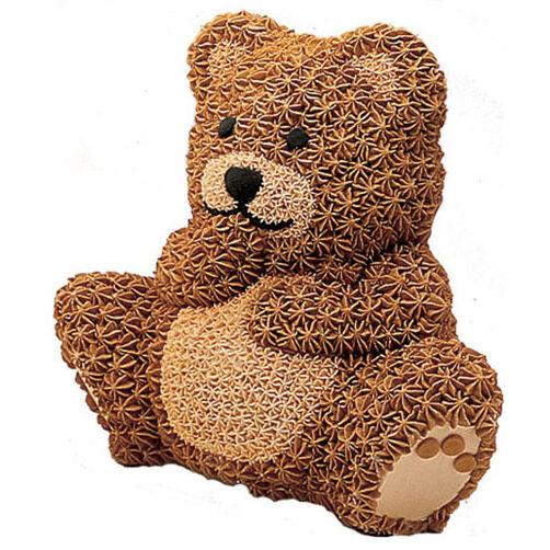Stand-Up Cuddly Bear Cake
