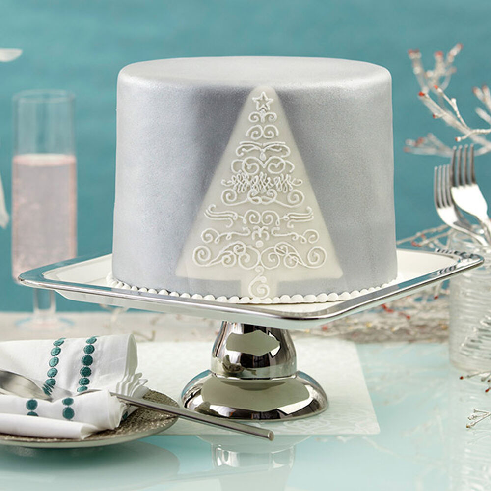 Christmas Fondant Cake With Silver Shimmer Wilton
