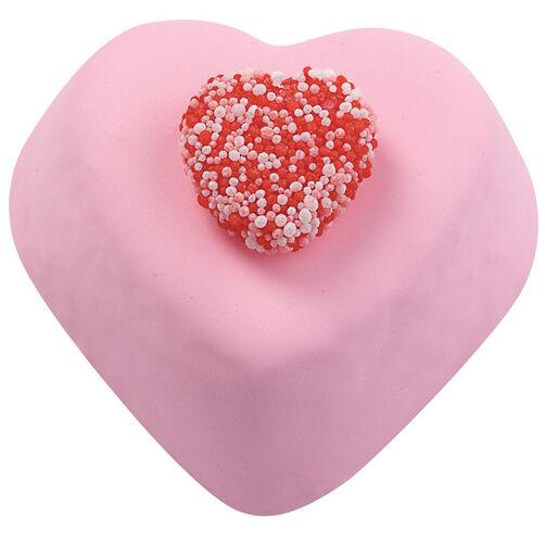 Gummy Hearts Mini Cakes