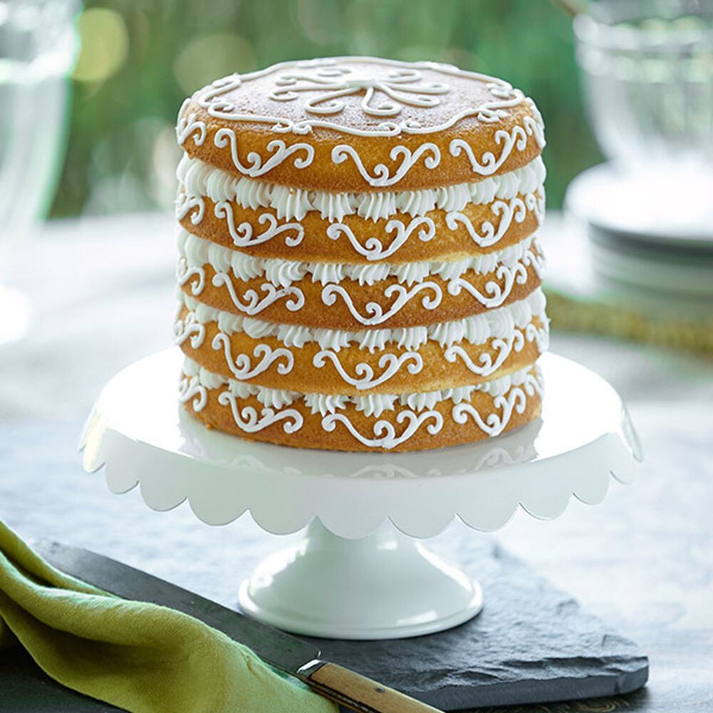 Scroll Simplicity Easy Layers Cake Wilton