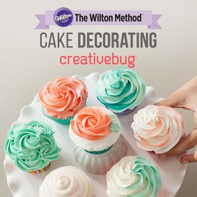 Wilton Introduction to Cake Decorating by Creativebug