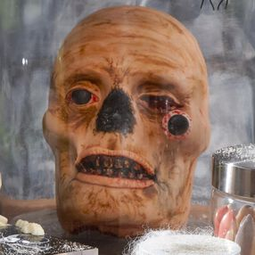 The Creepiest Cranium Cake