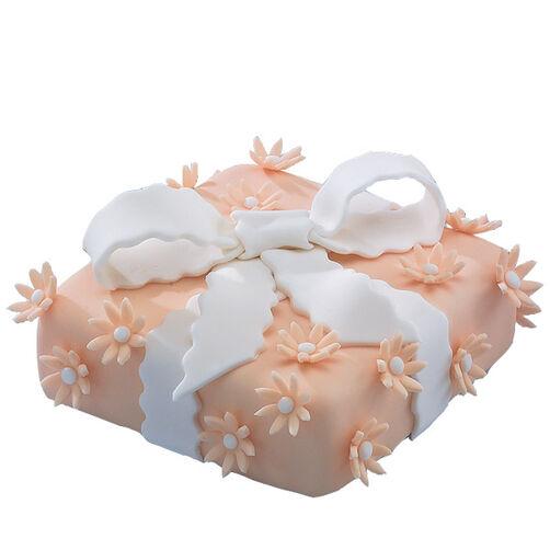 A Peachy Present! Cake