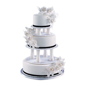Black & White Classic Cake