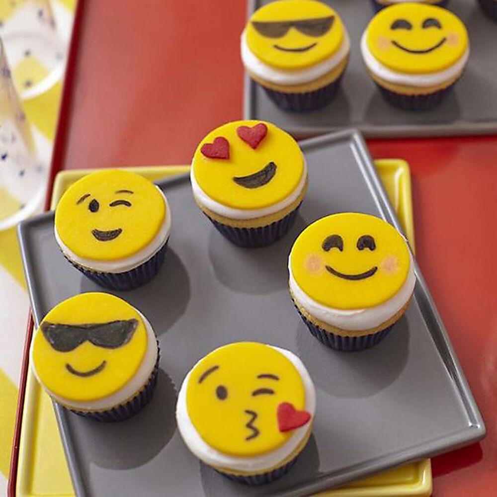 Emoji Mini Cupcakes Wilton