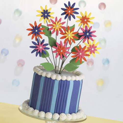 Daisies Go Crazy Cake