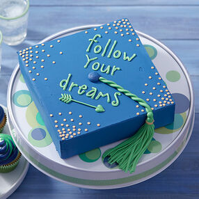 Graduation Dreams Cake